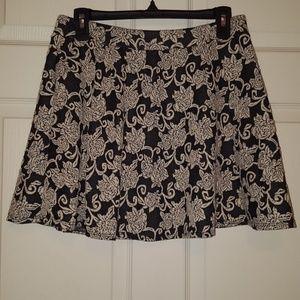 Joe B black and off white/cream flower print skirt
